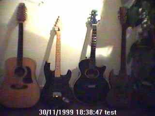 Joshuas Gitarren/Bass die beiden akustischen befinden sich noch immer in meinem Besitz.